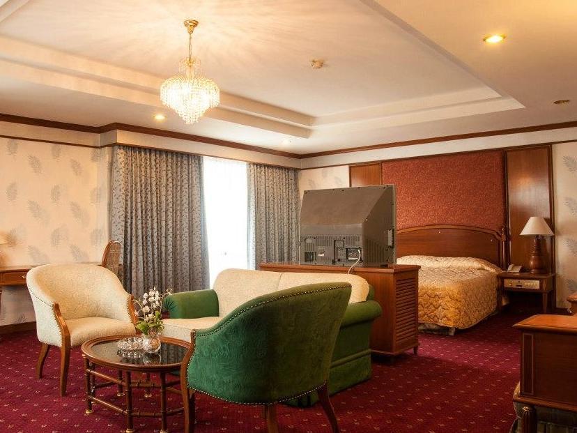 โรงแรมทาวน์ อิน ทาวน์
