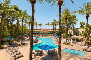 Interior Hilton Scottsdale Resort & Villas