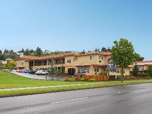 Promos Best Western Holiday Hotel