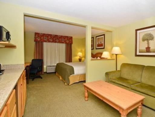 Comfort Inn and Suites Black River Falls hotel accepts paypal in Black River Falls (WI)