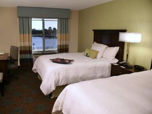 Hampton Inn and Suites Suisun City  hotel accepts paypal in Suisun City (CA)