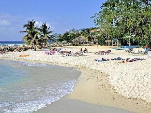 expedia Carib Beach Apartment