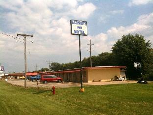 Magnuson Hotels Hotel in ➦ Chillicothe (IL) ➦ accepts PayPal