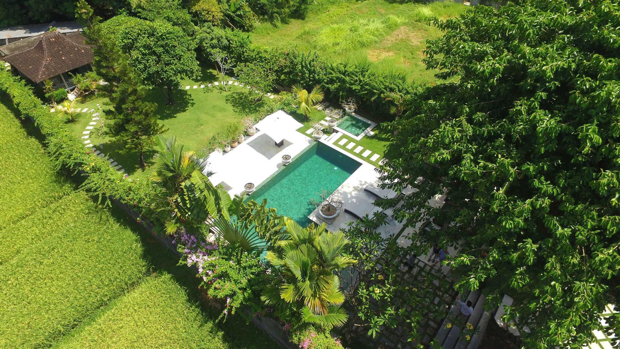 Palatial 5 Bed Luxe Pool & Jacuzzi Villa SEMINYAK