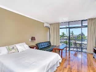 Review Sunshine Towers 301 Cairns AU