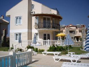 4 Bedrooms Villa EOT09