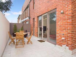 Review Espresso Apartments – Smart Balaclava Apartment Melbourne AU
