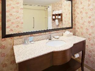 view of Hampton Inn & Suites Chicago-North Shore/Skokie
