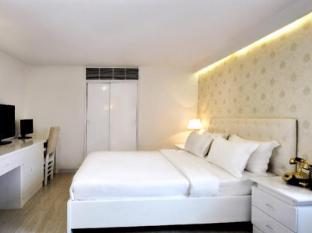 The White Hotel 1 Ho Chi Minh City - Executive Room