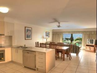 Kirra Palms Holiday Apartments review