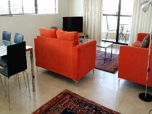 Kirribilli Riverfront Apartments4