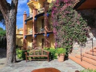 Hotel Ermitage Riou - Cannes Mandelieu