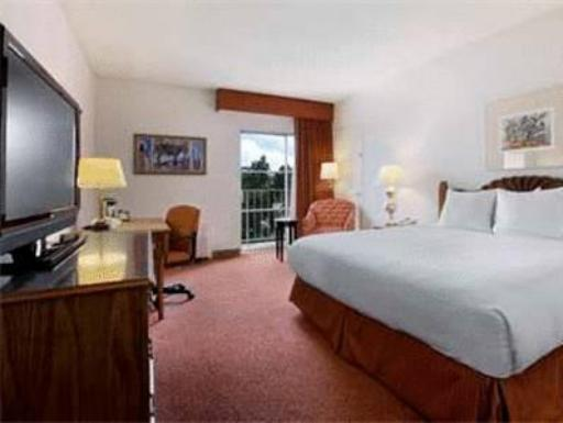 Hilton Santa Fe Historic Plaza Hotel hotel accepts paypal in Santa Fe (NM)