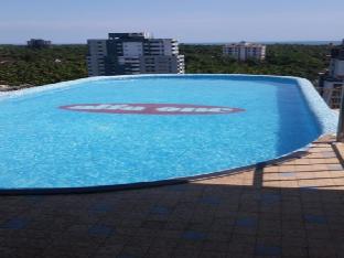 Aquamarine Apartments Beach Facing