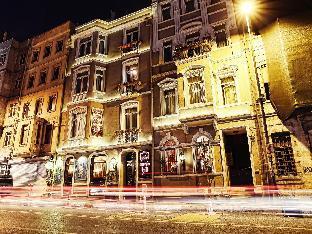 Santa Hill Hotel