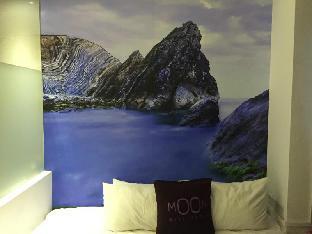 Moon 23 Hotel2