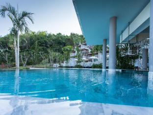 Chalong Chalet Resort & Longstay Phuket - Swimming