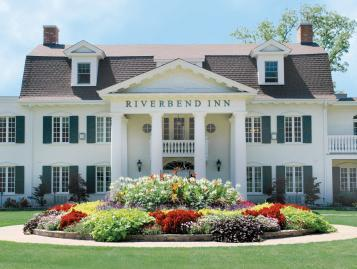 Riverbend Inn & Vineyard