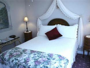 6 Oak Haven Hotel Niagara On The Lake (ON) - Guest Room