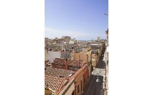 Charming bright in Cagliari historic city center