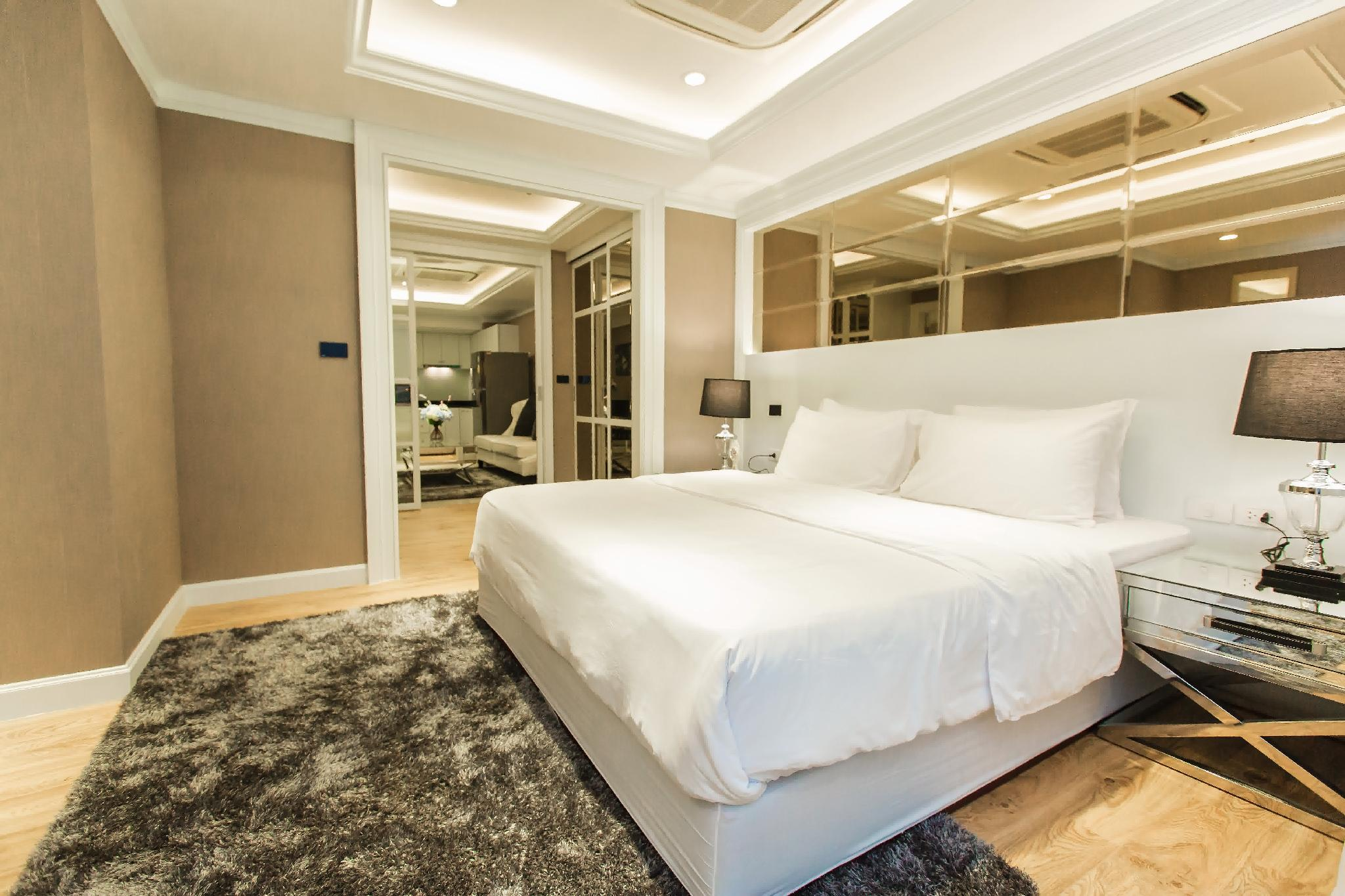 State Tower Silom By Haloth