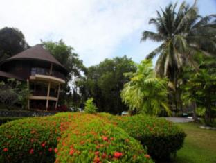 Damai Beach Resort Kuching - Exterior
