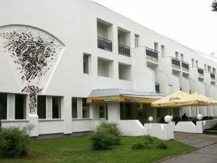Spa Estonia White Building Hotel Parnu - Exterior hotel