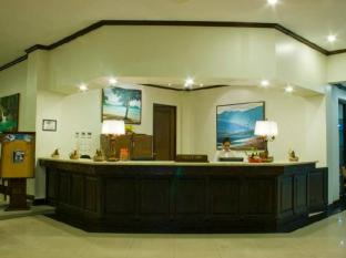 Plaza Del Norte Hotel and Convention Center Laoag - recepcija