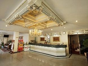 Riyadi Palace Hotel Solo (Surakarta) - Lobby