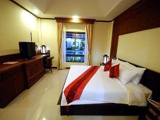 Thai Boutique Resort Phuket - Thai Villa Room - Night Short