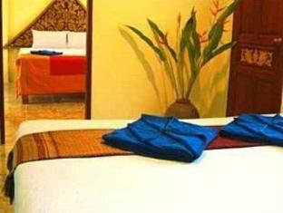Khao Sok Green Valley Resort guestroom junior suite