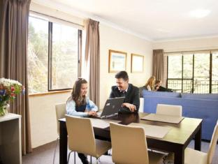 Oxley Court Serviced Apartments Canberra - Guest Room