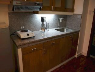 Sunette Tower Hotel Manila - 1 Bedroom Suite - Kitchen