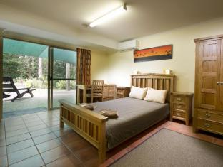 Glasshouse Mountains Ecolodge Sunshine Coast - Family Forest Room