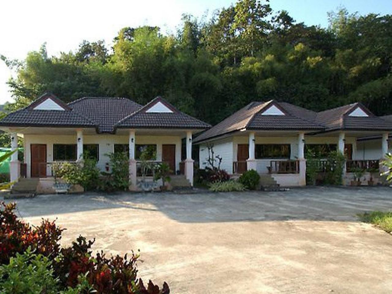 พิมพ์ภัทร รีสอร์ท (Pimphat Resort)