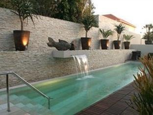 No5 Boutique Art Hotel Port Elizabeth - Swimming Pool