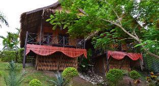 ロゴ/写真:Thongbay Guesthouse Luang Prabang