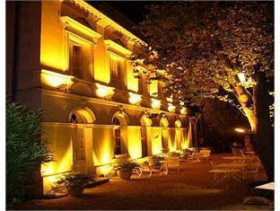 Hôtel Grand Monarque