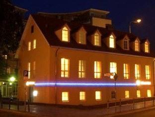 M & M Hotel Berlynas - Viešbučio išorė