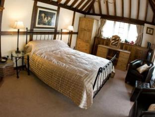 The Lancers Bed & Breakfast Royal Tunbridge Wells - Guest Room