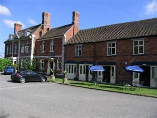 The Inn at Grinshill Shrewsbury - Sunny Day