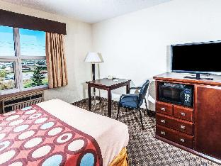 Super 8 By Wyndham Calgary/Airport