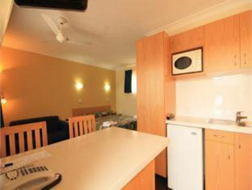 Park Beach Resort Motel hotel accepts paypal in Coffs Harbour