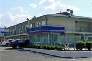 Motel 6-Murfreesboro TN