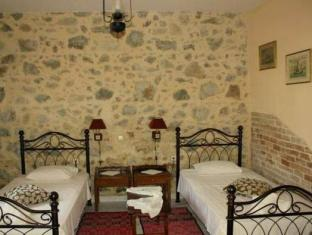 Hariklia Rent Rooms Hotel Zaros - Guest Room