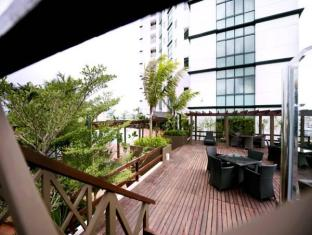 M Hotels - Tower A Kuching - Parveke/Terassi