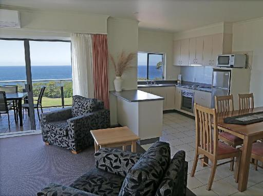 Best guest rating in Narooma ➦ Island View Beach Resort takes PayPal