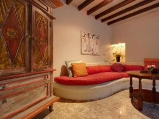 Villa Kresna Boutique Villa Bali - Hotelli interjöör