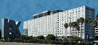 ➦  Carlson Rezidor Hotel Group    (California) customer rating