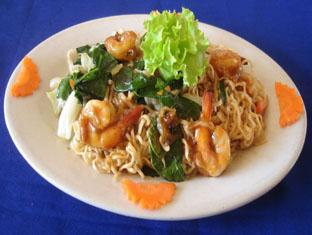 Koh Ker Hotel Siem Reap - Fried Eggs Noodle with Shrimp & Vegetable